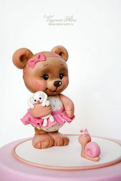 Teddy bear cake topper