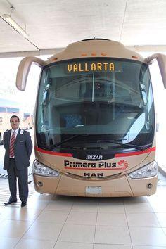 A PRIMERA PLUS Bus going to Puerto Vallarta! Un Autobus de PRIMERA PLUS rumbo a Puerto Vallarta!