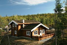 "Norwegian style log house ""EL"" kit. Total area is 196.5 m², made from 142 X 180mm square log."