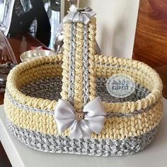 Home and Furniture: 19 Cool Man Cave Decor And Furniture Ideas To Try This Week Diy Crochet Basket, Crochet Diy, Crochet Basket Pattern, Knit Basket, Crochet Home, Crochet Crafts, Hand Crochet, Crochet Projects, Weaving