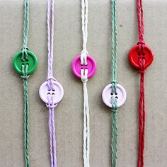 Making button bracelets is easy. I´ve used hemp strings in various colours and coloured wood buttons. Any button will of course do, as will twine or cotton strings. Good luck! Y DIY Necktie Bracelet