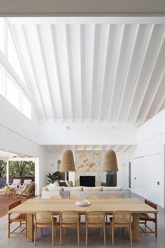 Home Design, Home Interior Design, Interior Architecture, Interior Decorating, Dining Room Interior Design, Design Design, Rattan Pendant Light, Pendant Lights, Casa Patio