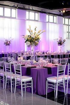 Beautyfull purple and silver wedding decorations