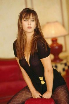 Sexy Match: Sophie Marceau, her most beautiful photos - Sexy Match: Sophie Marceau, her most beautiful photos - Beautiful Celebrities, Beautiful Actresses, Most Beautiful Women, Simply Beautiful, Bond Girls, Monica Bellucci, Pantyhosed Legs, 90s Girl, Sr1