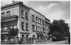 Nemocnice na Kapušanské ulici Hospitals, Multi Story Building, Street View