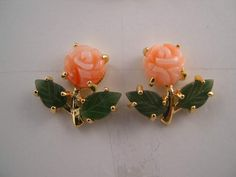 A grown-up version of the little porcelain rosebud earrings that were popular right around the time I got my ears pierced. Gold Bangles Design, Gold Earrings Designs, Coral Earrings, Coral Jewelry, Gold Jewellery Design, Bead Jewellery, Beaded Jewelry, Jade, Jewelry Patterns