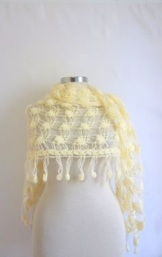 Free Shipping Ivory Cowl Turkish  romantic stole by modelknitting, $64.90