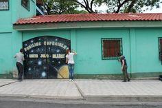 Helpen bij het opnieuw verven van het schooltje voor gehandicapte kinderen in Nicaragua.