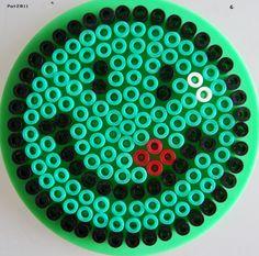 Pour réaliser ce modèle, il vous faut 1 petite plaque ronde (réf : 222).
