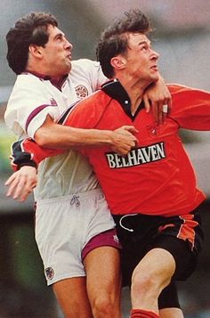 Dundee Utd 0 Hearts 1 in Nov 1991 at Tannadice. Duncan Ferguson tries to force his way through the Hearts defence in the SPL.