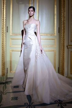 Rami Al-Ali Spring-summer 2012 - Couture Rami Al Ali, Bridal Gown Styles, Bridal Gowns, Wedding Dresses, Spring Couture, Haute Couture Fashion, Designer Evening Gowns, Yes To The Dress, White Fashion