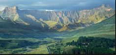Drakensberg, South Africa - This was my stomping ground growing up. Thanks Mum and Dad for all the camping trips to Royal Natal National Park. Durban South Africa, Africa Destinations, Namibia, Kwazulu Natal, Out Of Africa, Uganda, Beautiful Places, National Parks, Scenery