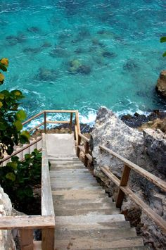 Stairway to the Sea   La Beℓℓe ℳystère