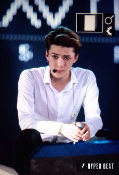 this face of Sehun should be an emiticon in itself!