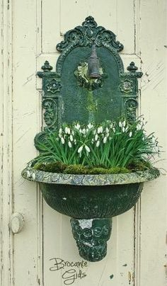 Antique fountain planter filled with spring snowdrops Garden Cottage, Garden Pots, Herb Planters, Wall Planters, Concrete Planters, Balcony Garden, Container Plants, Container Gardening, Pot Jardin