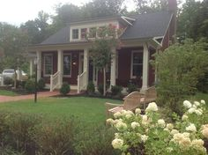 Charming Visitor Center at Potomac Shores  http://lakeridgevahomesforsale.com/RealtorWebPage?content=http://LakeRidgeVAHomesForSale.com/Listings?operation=search%26ls=MRIS%26predefined=1865019844&view_type=list