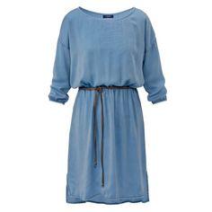 Kleid, Gürtel Vorderansicht