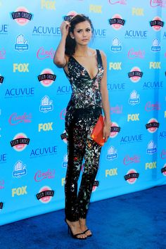 'I'm So Excited That I Won': The Vampire Diaries' Nina Dobrev Thanks Fans Over Teen Choice Award Win http://sulia.com/channel/vampire-diaries/f/ef024813-f10a-4ad4-a6f2-7ef391334462/?pinner=54575851