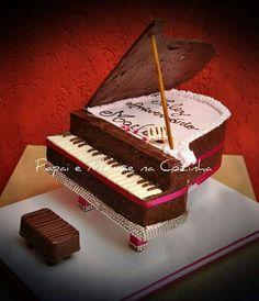 Bolo piano em chocolate