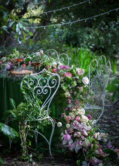 #Forest #flowers #vintage #chairs #flower runner #garden #roses #foodstyling #foodshoot #flowershoot #photography #foodphotography