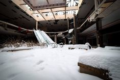 #Winter Wonderland: Photos of an #Abandoned Indoor #Mall Filled with #Snow  #Centro Comercial #Invierno #Nieve #Lugares abandonados