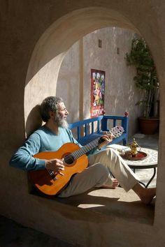 ☺ #Yusuf - #CatStevens - #MountainsOfLove  ✌ #Infectedbymusic #FeelTheVibe #goodvibes #TheBeat #GuitarRiff #GuitarHeroes #guitarstar #Folk #Pop #Rock #Islamic #GoodMusic #MusicIsLife #EnjoyLife  ❤