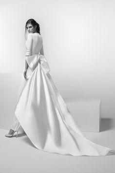 Everything That Sparkles Bridal Looks, Bridal Style, Peach Sapphire Rings, Nicole Fashion, Chiffon Pants, Fashion Group, Wedding Dress Styles, Lace Back, 15 Dresses