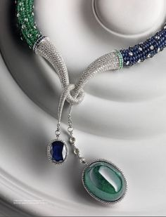 Emerald, sapphire and diamonds Jade Jewelry, High Jewelry, Beaded Necklace, Pendant Necklace, Diamond Gemstone, Beautiful Necklaces, Jewelery, Christian Dior, Silver Rings