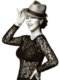 Debi Mazar Poses in Fedora to Support Immigration Reform (Exclusive Photo) Beautiful Old Woman, Beautiful People, Girl Photo Poses, Girl Photos, Debi Mazar, Celebrity Portraits, Aging Gracefully, Timeless Beauty, Girl Crushes