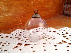 1  Small Clear Glass Globe Necklace Kit by KaysvilleCraftSupply, $2.99