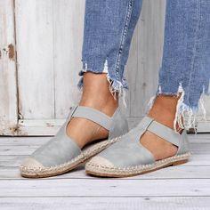 Kaufen Sommer bequeme Espadrilles Sandalen Pu Slip On Sandalen online. Entdecken Sie einzigartige Fashion von Designern auf modetalente.com.