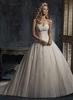 Maggie Sottero Chardonnay Buy This Dress For A Fraction Of The Salon Price On PreOwnedWeddingDresses Weeding DressesUsed Wedding