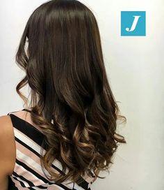 Natural Shades _ Degradé Joelle. #cdj #degradejoelle #tagliopuntearia #degradé #igers #musthave #hair #hairstyle #haircolour #longhair #ootd #hairfashion #madeinitaly #wellastudionyc #workhairstudiovittorio&tiziana #roma #eur