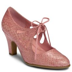I have my eye on these for summer. This summer I'm thinking pink! Rylie will be so happy!