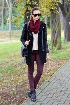 Snood Zig Zag Patterned Scarf,red snood scarf for 2013 Fall,Zig Zig Patterned Scarf  #scarf #girls #snood www.loveitsomuch.com