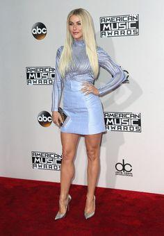 Julianne Hough Photos Photos: 2016 American Music Awards - Show American Music Awards, Beautiful Legs, Gorgeous Women, Julianne Hough Hot, Jennifer Hough, Cma Music Festival, Sexy Legs And Heels, Great Legs, Nice Legs
