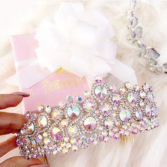 ♡ Chin Up, Princess♡ Pinterest : ღ Kayla ღ Royal Crowns, Tiaras And Crowns, Fashion Accessories, Fashion Jewelry, Jewelry Accessories, Trendy Accessories, Cute Fashion, Crown Hairstyles, Wedding Hairstyles