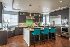 Kitchen Decorating and Designs by Design Loft Company - Palo Alto, California, United States - http://interiordesign4.com/design/kitchen-decorating-designs-design-loft-company-palo-alto-california-united-states/