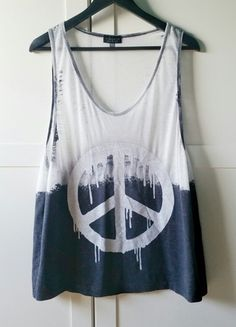 Kup mój przedmiot na #vintedpl http://www.vinted.pl/damska-odziez/koszulki-na-ramiaczkach-koszulki-bez-rekawow/14254156-bluzka-bokserka-oversize