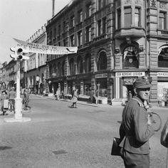 Propaganda for Den Norske Legion ved Kar. Building Front, Oslo, Norway, Gate, Street View, Pictures, Portal