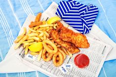 Top 5 Things to do on Hamilton Island, Whitsundays, Queensland ©Kara Rosenlund Australia Honeymoon, Kara Rosenlund, Fish And Chip Shop, Hamilton Island, Bob S, Island Food, Fish And Chips, Food Diary, Alter