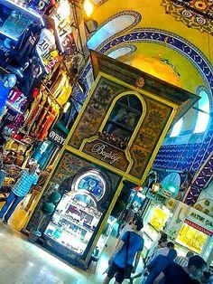 grand bazaar / beyazid / istanbul - photo by koto serdar bulgu