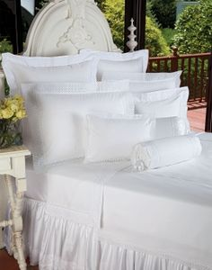 As fresh as the dawn of a new day, crisp White cotton percale blanket covers and shams are edged with wide and wonderful scalloped overlays of. Best Duvet Covers, King Duvet Cover Sets, Luxury Duvet Covers, King Bedding Sets, White Bedding, Linen Bedding, Bed Linens, Table Linens, Cheap Bed Linen