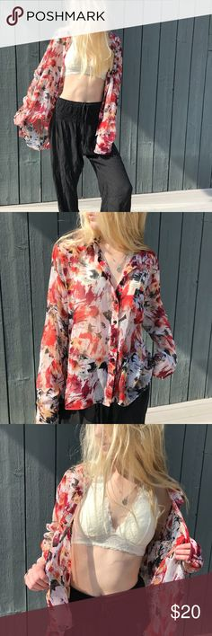 *LIKE NEW* flowy blouse Lightweight material. Only worn a few times.really nice pattern and look. You can wear it over top of a shirt open or you can button up.  •all offers 100% welcomed and encouraged (:  •put this in a bundle and get 20% off  • I'll ship orders within 1-2 days unless otherwise stated   Have a great day and enjoy shopping my closet ! Staring at Stars Tops Blouses