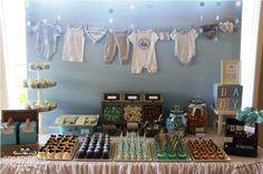 Hoy os traemos un baby shower de lo más bonito.Últimamente se ven muchas mesas de dulces por todas partes, pero esta nos ha parecido de lo más especial.