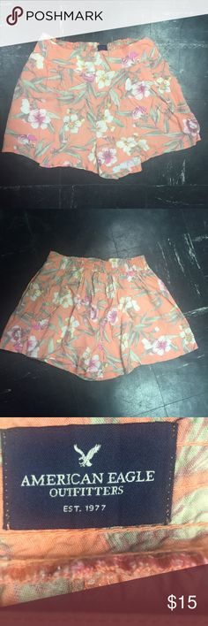 American Eagle AE Soft Floral Shorts with Pockets Has an elastic waist band and pockets. Very comfortable. Worn 1x. American Eagle Outfitters Shorts