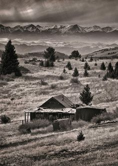 Victor, Colorado. A fascinating place with all of the abandoned buildings, mining rigs, and signs of days gone by in this gorgeous landscape, just made the imagination run wild! There is also a modern mine running.