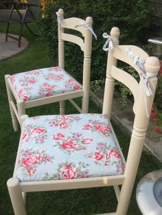 Tadah! 48 North Street, PO9 1PT Havant UK 07727 071411 https://www.facebook.com/ta.dahfurniture New shop opened with lots of Cath Kidston/Annie Sloan Chalk Paint inspired furniture.