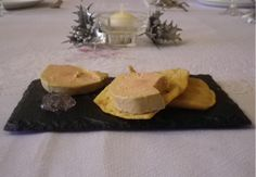 Farinsol cracker with Foie Gras and Favols Violet Petal Jam. Merry Christmas!!