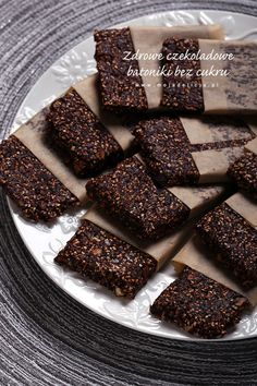 Zdrowe batoniki czekoladowe bez cukru, bez glutenu i bez pieczenia - myTaste.pl